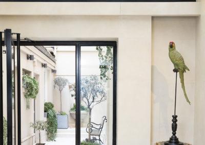 hotel-saint-germain-entree-patio